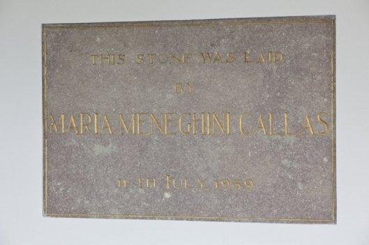 Eerste steen in 1959 onthuld door Maria Meneghini Callas voor Bovema-kantoot, Overboslaan 6 Heemstede