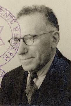 Portret van Barend Chapon, geboren in 1884 en op 2 februari 1943 door Duitse bezettingsmacht in Bloemendaal geëxecuteerd (foto Joods Historisch Museum)
