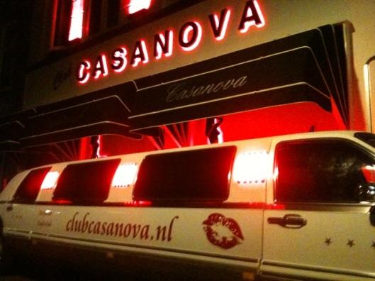 Lomousine van club Casanova in Enschede