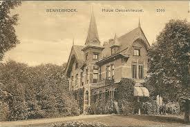 Ansichtkaart van de oorspronkelijke villa Dennenheuvel, in 1930 bewoond door de familie F.R.U.Rhodius-Bunge. De villa is in 1987 afgebroken om plaats te maklen voor een appartementengebouw.