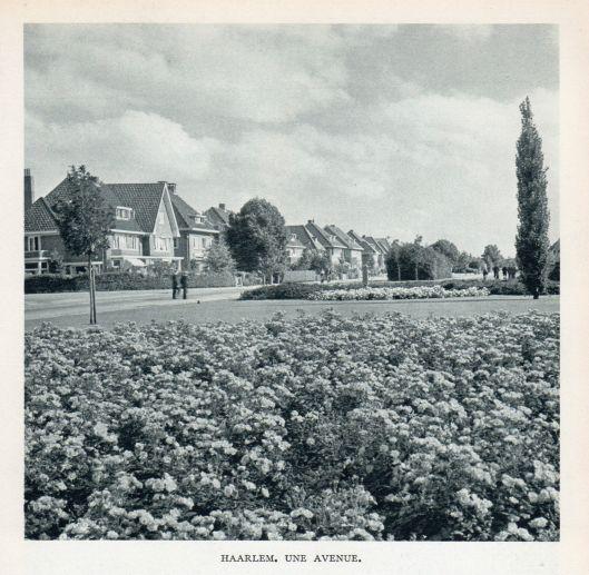 De Heemsteedse Dreef nabij Joh. Wagenaarlaan (rechts) richting Haarlem
