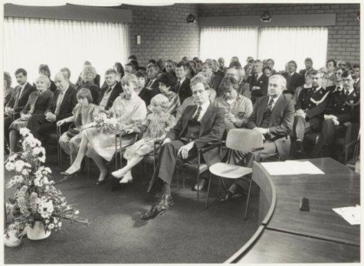 Installatie in Bennebroek van burgemeester drs. G.H.van Egerschot, 2 april 1984 (foto C.de Boer, NHA)