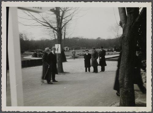 Op weg naar de uitgang van de Flora 1935 (foto Huis Doorn)