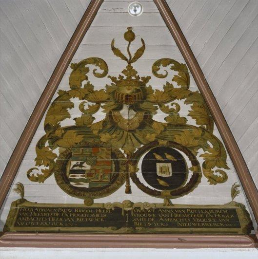 Gewelfschildering in de Ned. Hervormde Kerk  met de familiewapens van de heer en vrouwe van Heemstede Adriaen pauw en Anna van Ruitenburch