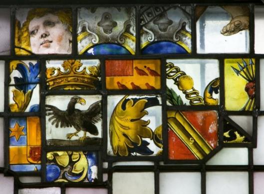 Idem restanten van glas-in-lood ramen Oude Kerk Heemstede