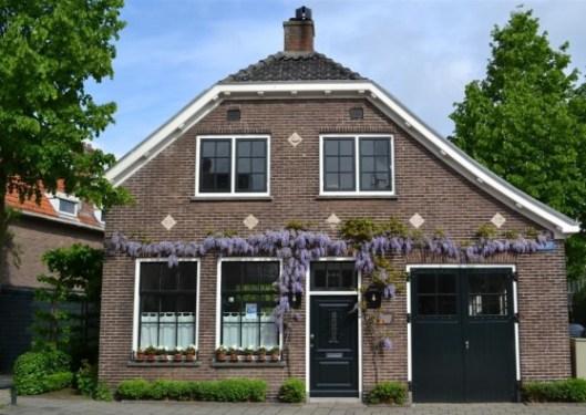 Pand uit 1912 aan de Glipperweg Heemstede, gebouwd als politiewoning met arrestantencel en brandspuitenbergplaats