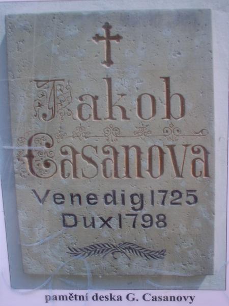 Grafsteen Jakob Casanova (1725-1798) op de begraafplaats van Duchcov