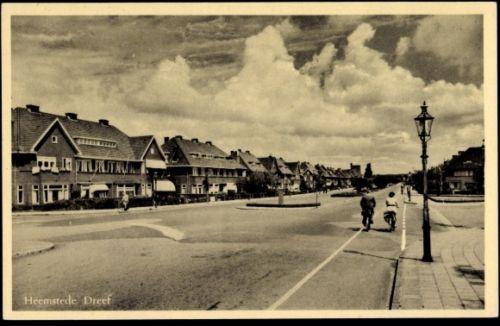 Heemsteedse Dreef, rechts Johan Wagenaarlaan, richting Haarlem