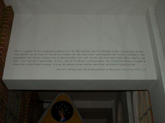 In steen gegraveerde tekst van dr.Ph.J.Hoedemaker in het Viseum-Veenendaal.