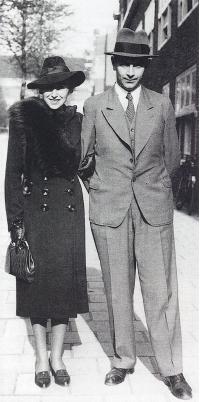 Abraham Horodisch (1898-1987) met zijn echtgenote, de grafisch ontwerpster Alice Garnman(n), zich later noemende Garman, (1904-1984).