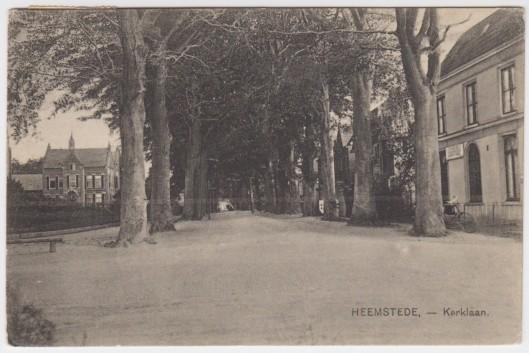 Kerklaan met links de pastorie van de H.Bavokerk, 1926