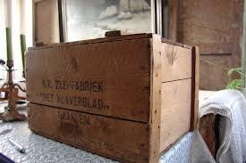 Kist van zeepfabriek 'Het Klaverblad' in Haarlem