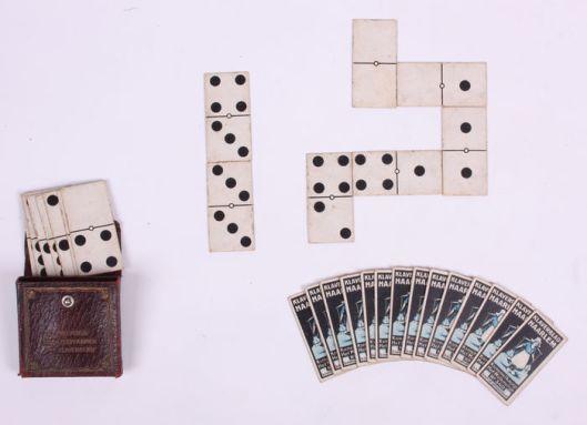 Dominospel uit circa 1910, uitgegeven door de Haarlemsche Stoomzeepfabriek het Klaverblad
