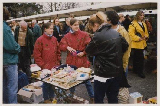Vrijheidsmarkt aan de Sportparklaan, 30 april 1998