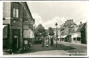 Vm. leesbibliotheek M. van Eijk (later Jansen), Binnenweg 49-53 op de hoek van de Lindenlaan