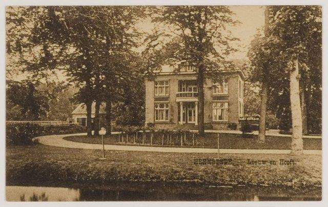 De villa Leeuw en Hooft op een ansichtkaart uit circa 1930