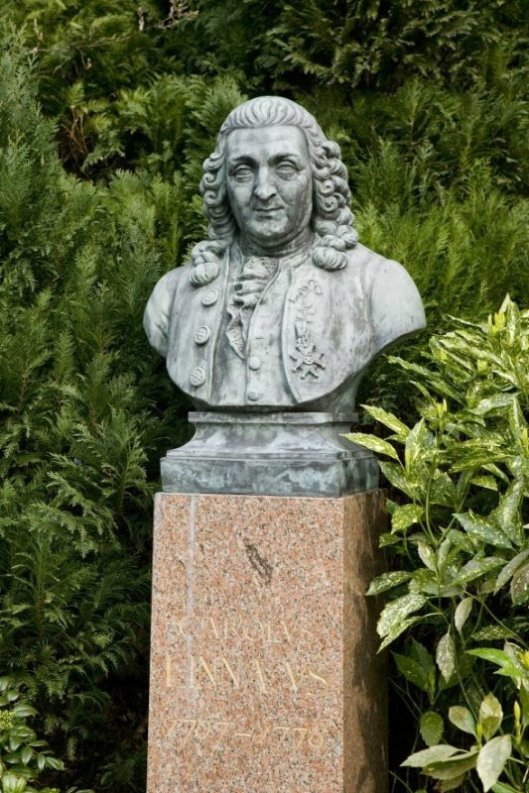 Borstbeeld van Carolus Linnaeus op de Hartekamp Heemstede (foto Kris Roderburg)