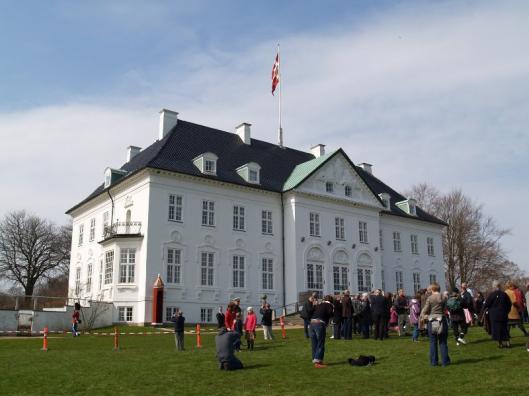 Slot Marselisborg ligt in de omgeving van Aarhuis en werd door Gabriel Marcelis als betaling voor zijn wapenleveranties van de Deense koning ontvangen.