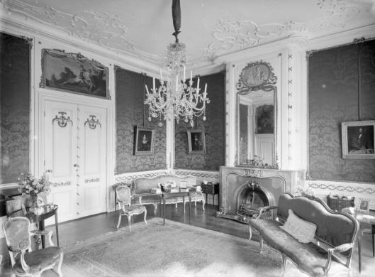 Interieurfoto van Meer en Berg uit 1928