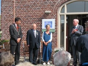 21 april 2007 bij het eerste lustrum van de vernieuwde molen de Adriaen ontving Henk Vijn een koninklijke onderscheiding uit handen van Haarlems burgemeester Bernt Scheiders. Links van hem Theo Jonckbloedt. Door de toneelgroep J.J.Cremer is vervolgens toepasselijk het toneelstuk de klucht van de molenaar opgevoerd.