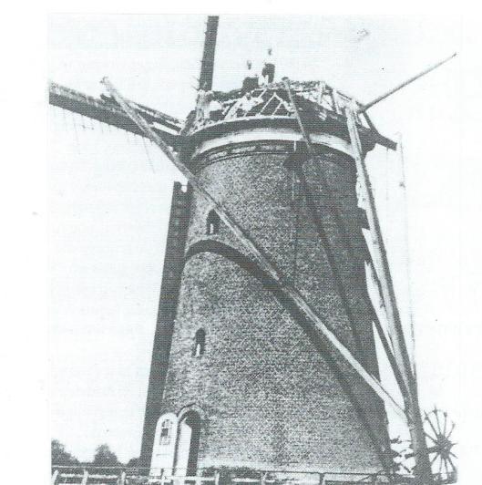 De sinds 1936 ontwiekte molen op de Glip