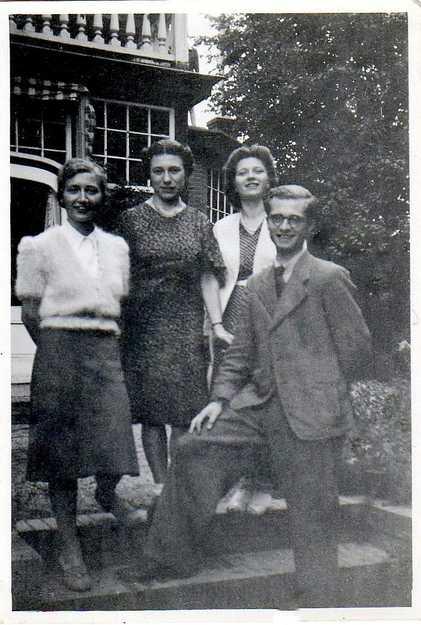 De familie Pollatz. V.l.n.r.: Inge, Tose, Marianne en Karl-Heinz