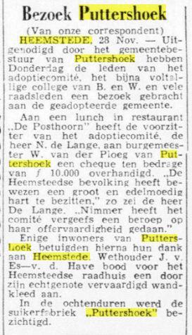 Aanbieding van een checque van ƒ 10.000,- vanuit Heemstede aan Putterhoek (De Telegraag, 30-11-1953).