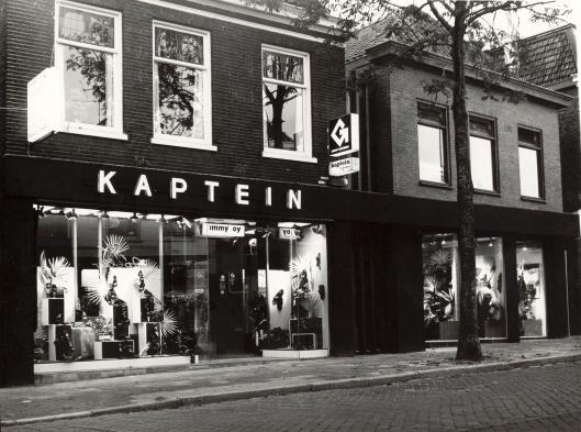 Kaptein in 1989