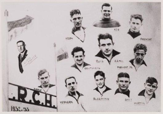 Spelers van RCH in het seizoen 1932-1933 met Peer Krom, Kos, Prevost sr., Geutskens, Bus, Prevost jr., Verkerk, Bloemink, Smit en Maerin.