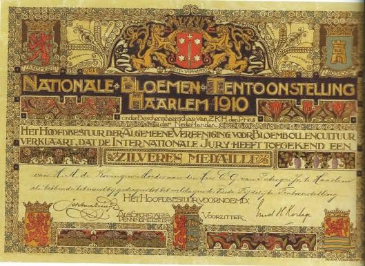 Oorkonde van de Algemeene Vereeniging voor Bloembollencultuur (AVB), bij gelegenheid van de Nationale Bloemen Tentoonstelliing 1910 uitgereikt aan de firma Van Tubergen in Haarlem