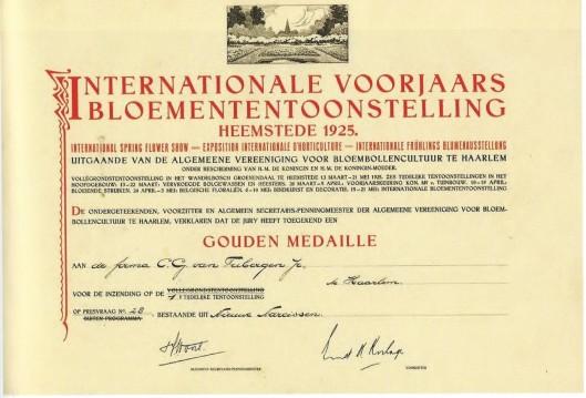Oorkonde van de Algemeene Vereeniging voor Bloembollencultuur tijdens de FLORA 1925 in Heemstede uitgereikt aan de bloembollenfirma C.G.van Tubergen Jr.