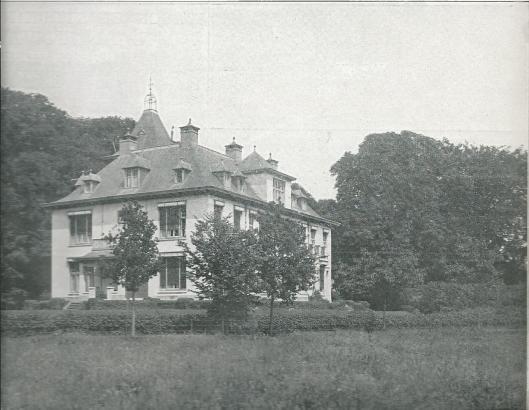 Villa van A.H.Baron Van Hardenbroek van Ammerstol, Spanjaardslaan Haarlem, in 1930 te koop aangeboden in Woninggids 1930 van Heemstede's Woningbureau Corn's L.Kwak