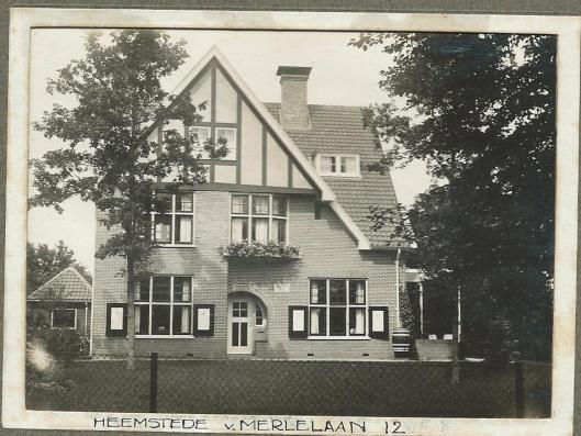 Villa Van Merlenlaan 12 op een foto na de bouw in 1912
