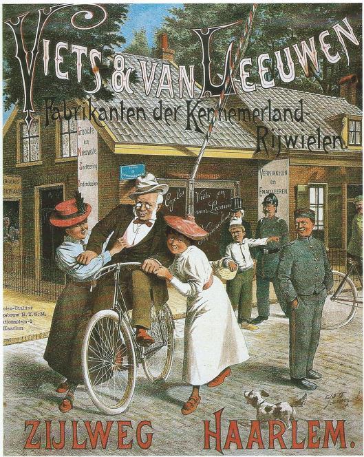Reclame van 'Viets & Van Leeuwen' uit Haarlem. De fiets zou zijn naam te danken hebben aan de heer Viets, met Van Leeuwen fabrikanten der Kennemerland Rijwielen, die werden verkocht op het adres Zijlweg 101. Bovendien exploiteerden zij op het station de eerste fietsenstalling (foto N.H.A.)