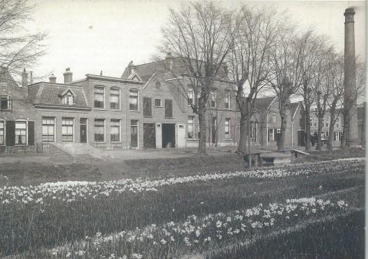 Gezicht op de Blekersvaartweg voor 1910.