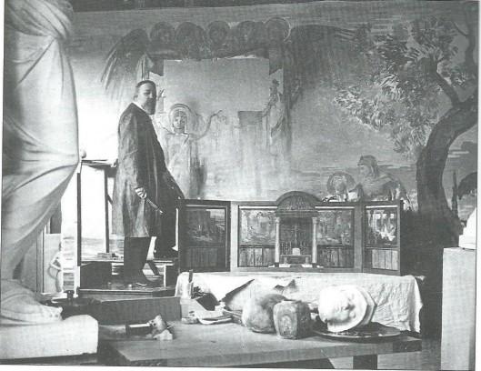 Professor Huib Luns in zijn atelier in Delft met een doek in voorbereiding voor het priesterkoor van de kapel van Hageveld