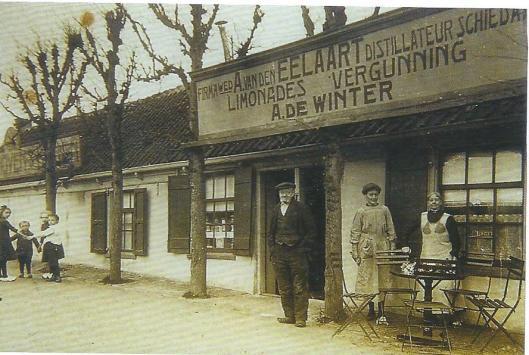 Het café van A.de Winter bij de Manpadsbrug begin 19e eeuw