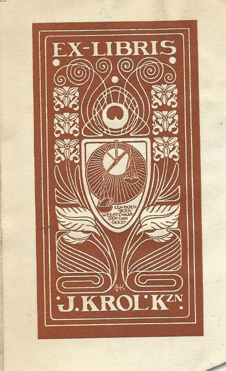 Exlibris van J.Krol Kzn., die over een uitgebreide collectie boeken en kunstvoorwerpen beschikte.
