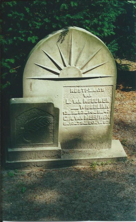 Graf C.A.van Meeuwen, begraven 24-1-1967 + echtgenote