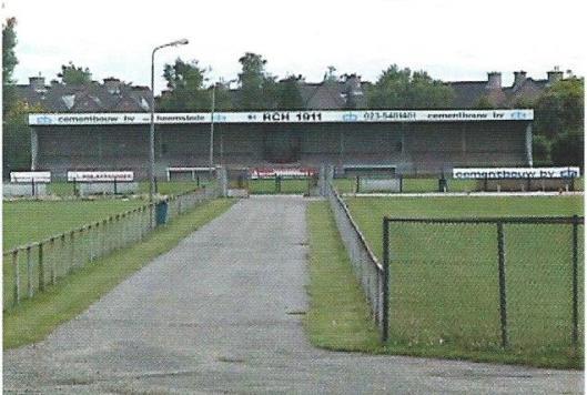 Sportterrein RCH met nieuwe tribune op het Sportpark in Heemstede