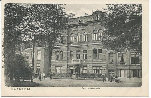 Diaconessenhuis aan Hazepaterslaan Haarlem. circa 1910