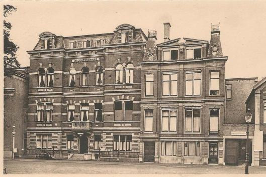 Vooraanzicht Diaconessenhuis Haarlem circa 1950