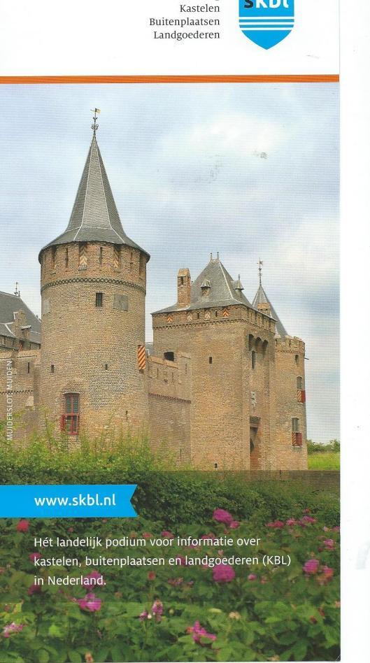 Voorzijde van nieuwe folder Stichting Kastelen Buitenplaatsen Landgoederen (SKBL)