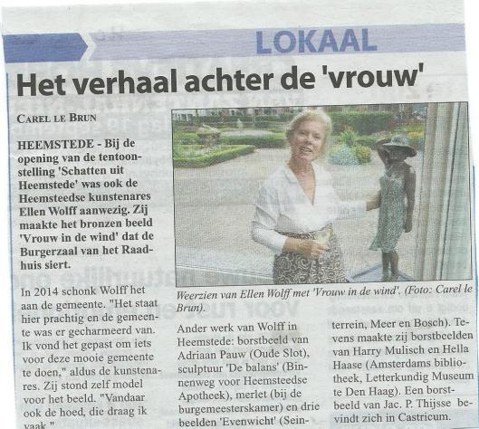 Bericht over beeld 'Vrouw in de wind', 2014 door Ellen Wolff aan de gemeente Heemstede geschonken (Heemsteedse Copurant, 9 september 2015)