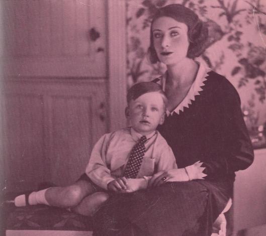 Harry Mulisch en moeder Alice Schwarz (Uit: Mijn Getijdenboek)