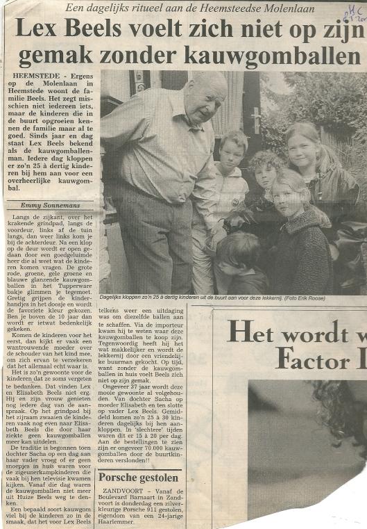 Artikel van Emmy Sonnemans over Lex Beels als bewoner van de Molenlaan in Heemstede. Uit de Heemsteedse Courant van 8 mei 2002