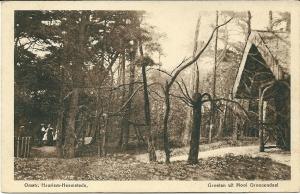 Nog een afbeelding met de voormalige schuilhut in Groenendaal