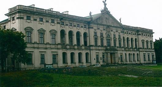 Nationale Bibliotheek (het gebouw met de historische collecties) in Warschau