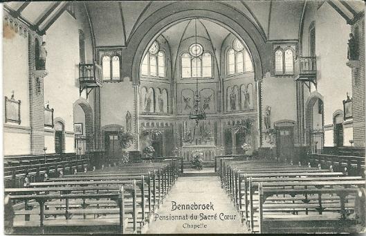 De kapel in de tijd dat Sacré Coeur meisjespensionaat was en Frans naast Nederlands de voertaal