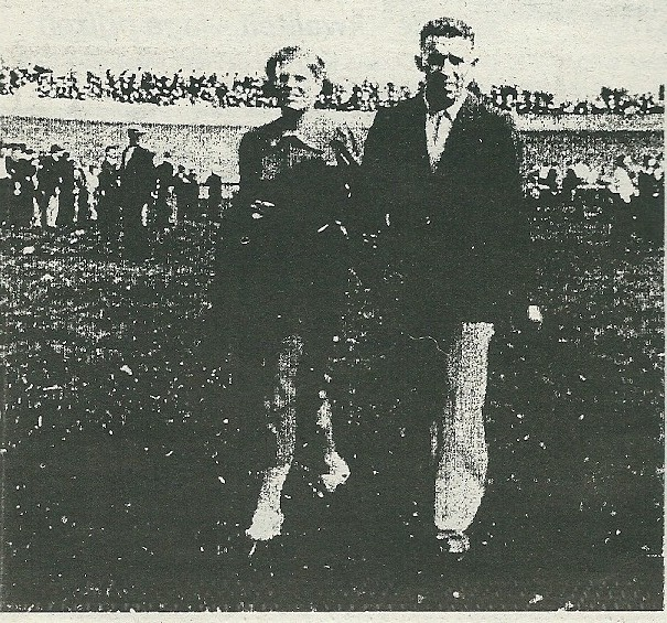 Baanrenner Gerrit van Wees met zijn echtgenote Marie ...